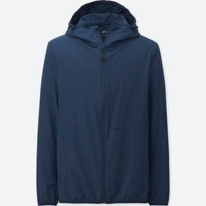 UNIQLO light pocketable hooded jacket